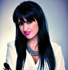 Make up artist Katiusa Popovici
